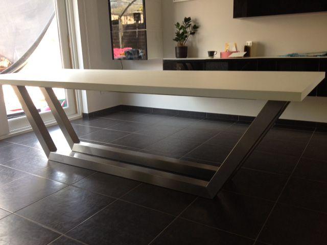 Witte Eettafel Design.Rvs Design Eettafel Met Wit Blad Hagendijk Techniek