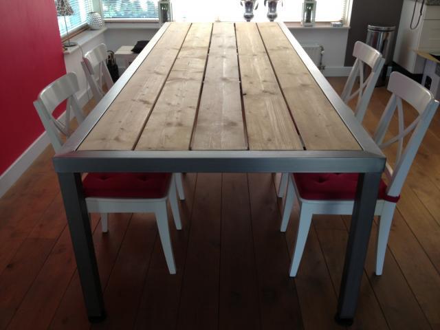 Rvs eettafel vzv steigerhout hagendijk techniek