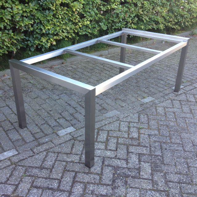 Fonkelnieuw rvs tuintafelset | Hagendijk Techniek - Metaalbewerkingsbedrijf HV-45