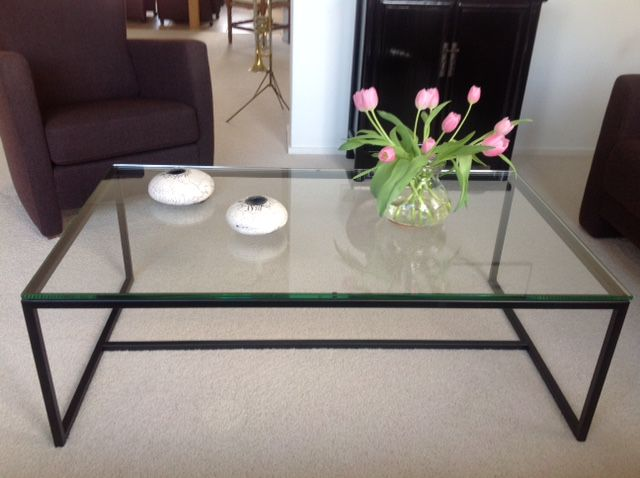 Zwarte Tafel Met Glasplaat.Salontafel Met Glazen Plaat Hagendijk Techniek
